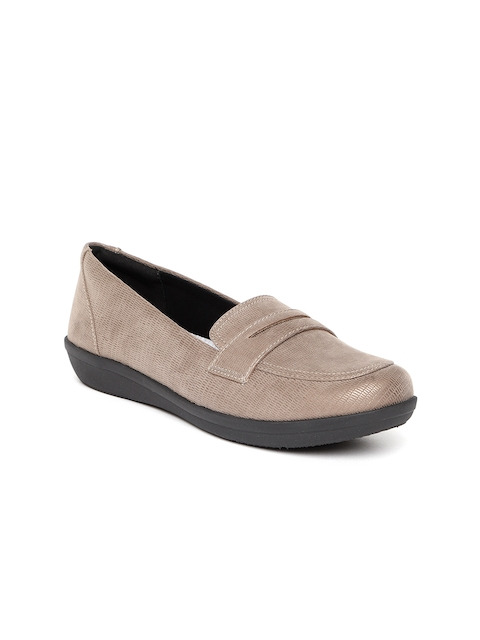 Clarks Women Brown Textured Loafers
