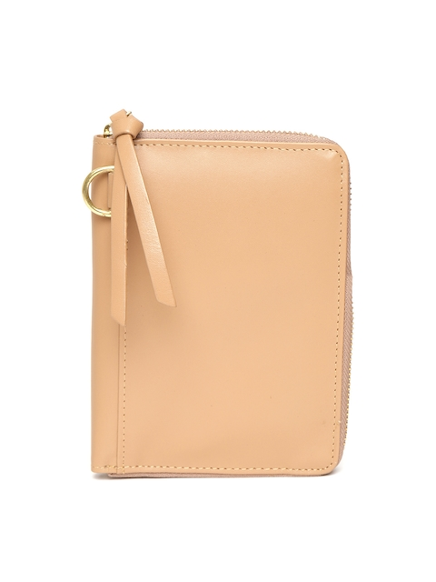 Hidesign Men Beige Leather Solid Passport Holder