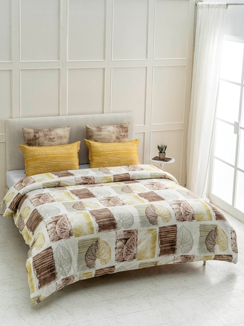 DDecor Brown & Cream Printed Cotton Double Bed Cover with 2 Pillow Covers