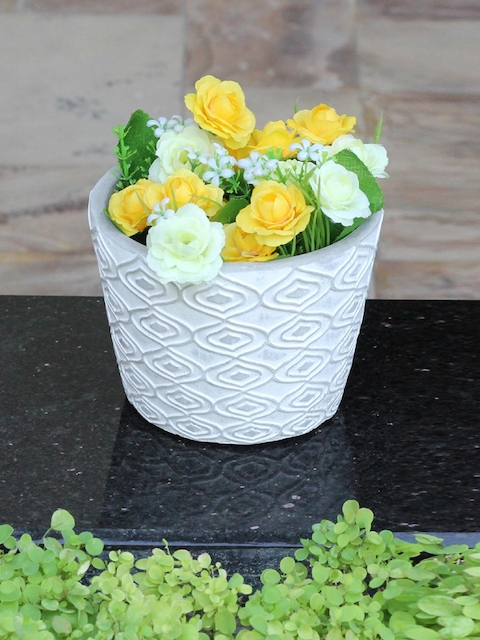 Aapno Rajasthan White Textured Planter Pot