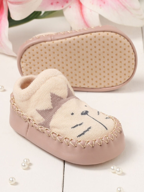 Walktrendy Kids Beige Slip-On Booties