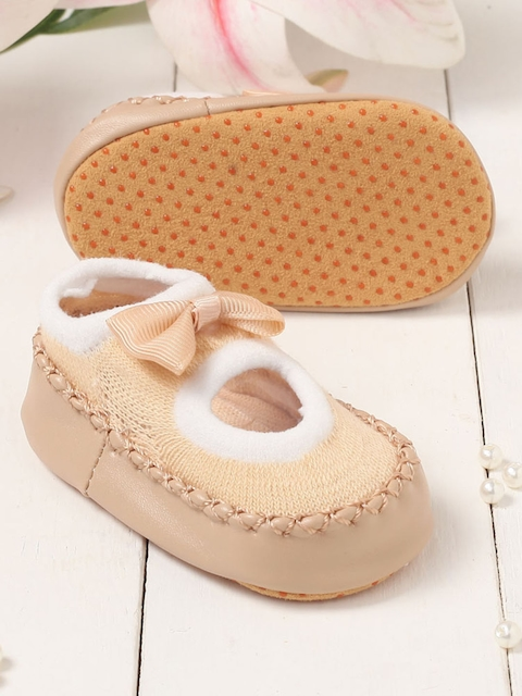 Walktrendy Unisex Kids Beige Slip-On Booties