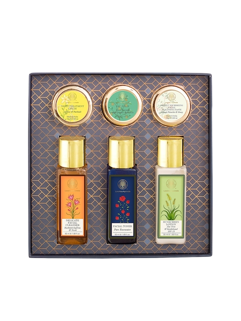 Forest Essentials Unisex Facial Indulgence Kit