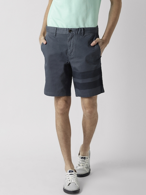 Tommy Hilfiger Men Blue Solid Regular Fit Shorts