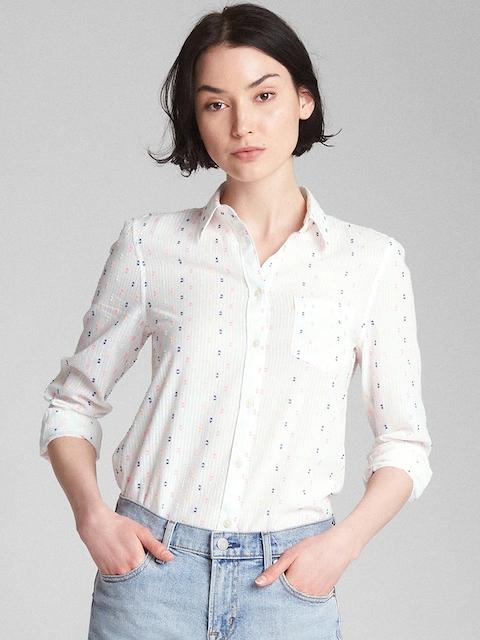 GAP Women Fitted Boyfriend Clip Dot Shirt