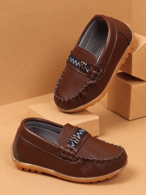 Walktrendy Boys Brown Loafers