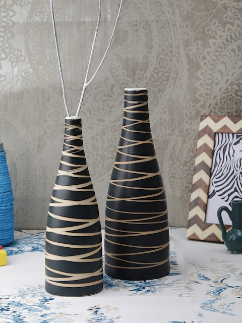 VarEesha Black Set of 2 Ceramic Organic Vases