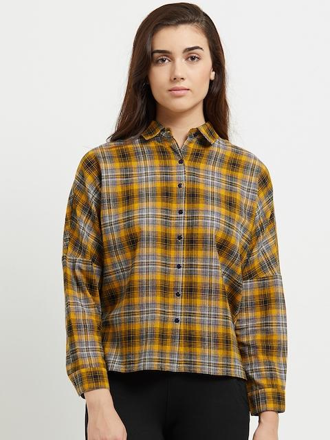 109F Women Yellow & Black Regular Fit Checked Casual Shirt
