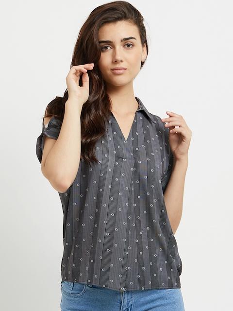 109F Women Black Striped Shirt Style Top