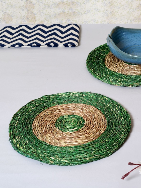 Unravel India Set of 2 Handcrafted TexturedCircular Grass Coasters