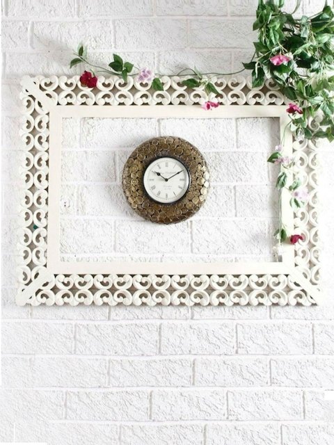 Unravel India Gold-Toned & White Handcrafted Round Textured Analogue Wall Clock