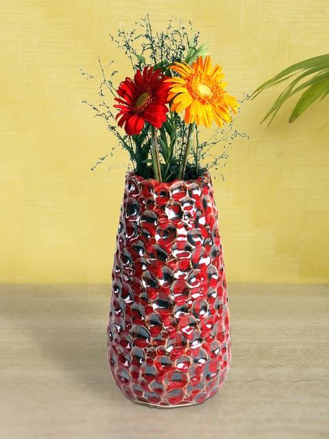 HOSLEY Red & Black Textured Ceramic Vase