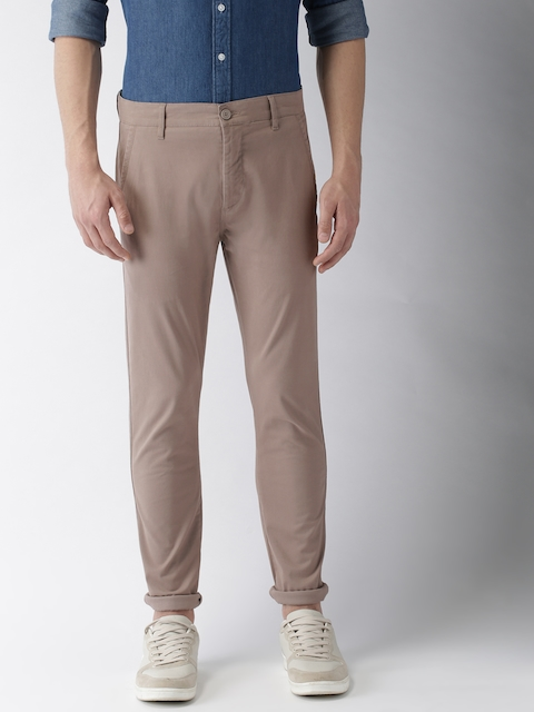 Levis Men Beige Slim Tapered Fit Solid Chinos 512