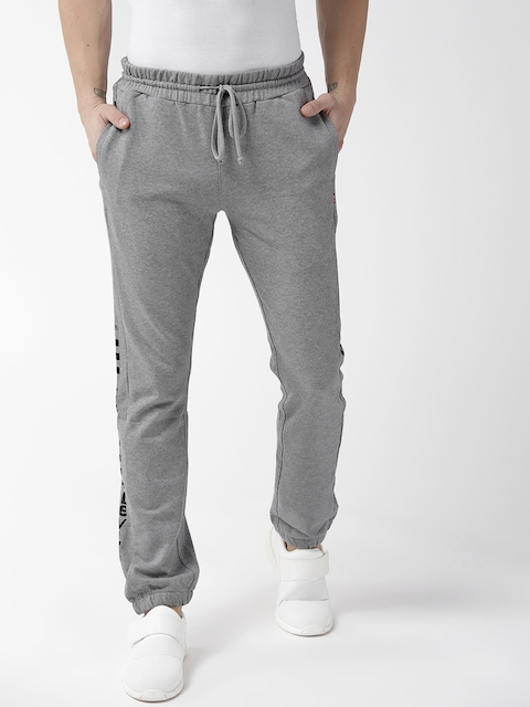 Levis Men Grey Printed Slim Tapered Fit Joggers 512