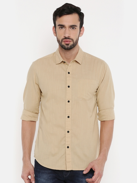 Wrangler Men Beige Slim Fit Solid Casual Shirt