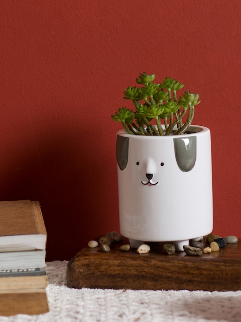 Chumbak White & Green Happy Doggo Planter