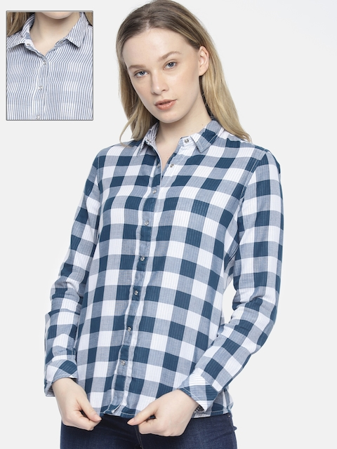 Wrangler Women Navy Blue & White Amber Regular Fit Checked Casual Reversible Shirt