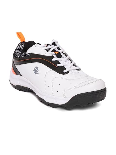 Duke Men White Cricket Shoes