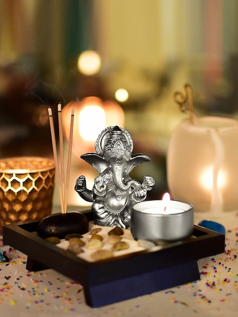 Archies Unisex Silver-Toned Ganesha Showpiece