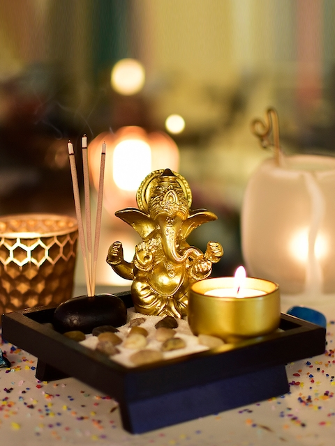 Archies Unisex Gold-Toned Ganesha Showpiece