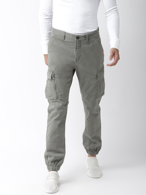 Superdry Men Olive Green Straight Fit Solid Cargo Joggers