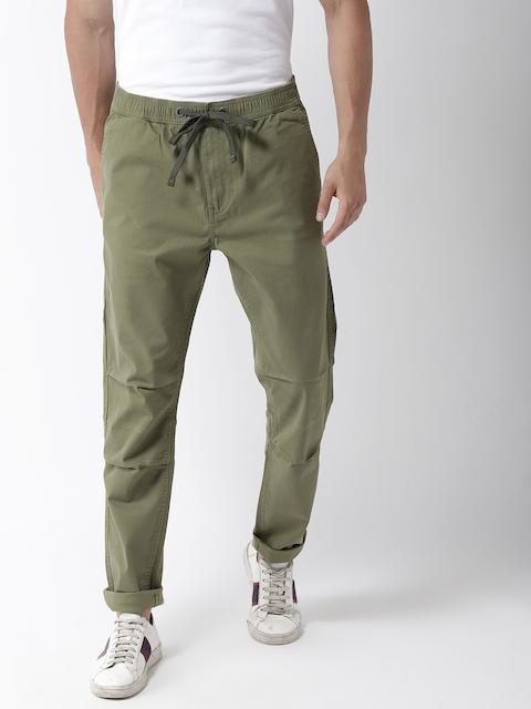 Superdry Men Olive Green Regular Fit Solid Regular Trousers