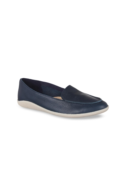Clarks Women Blue Textured Leather Loafers