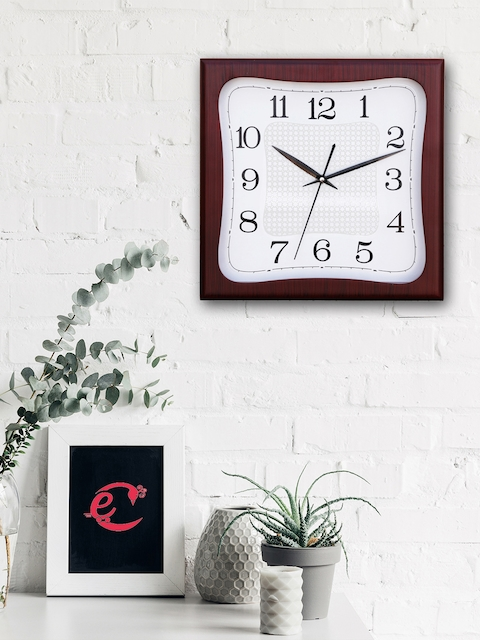 eCraftIndia Brown Handcrafted Square Solid Analogue Wall Clock