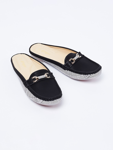 Ginger by Lifestyle Women Black Loafers