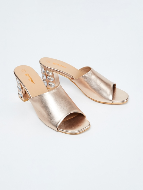 Ginger by Lifestyle Women Champagne Solid Sandals