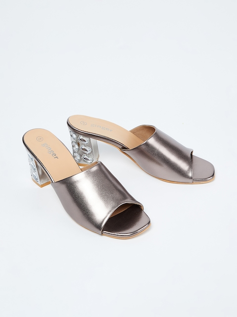 Ginger by Lifestyle Women Grey Solid Sandals