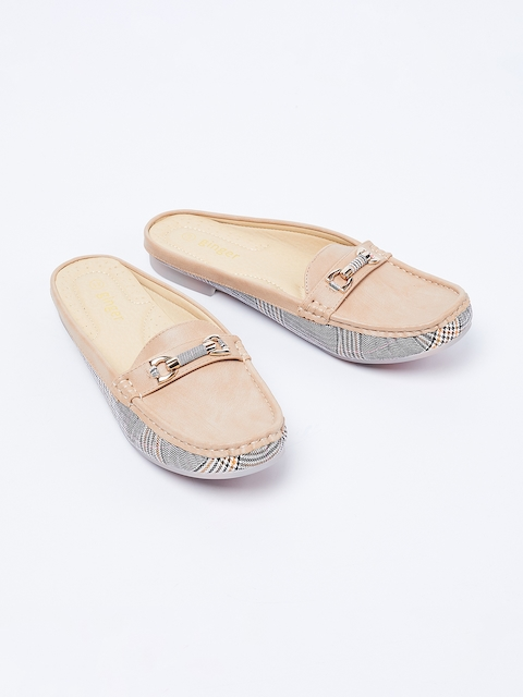 Ginger by Lifestyle Women Beige Loafers