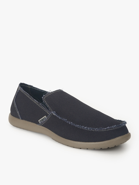 9bcfa18a8e7756 Crocs Men Casual Shoes Price List in India 11 April 2019
