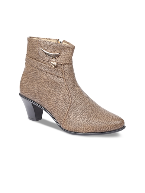 VALIOSAA Women Brown Solid Heeled Boots