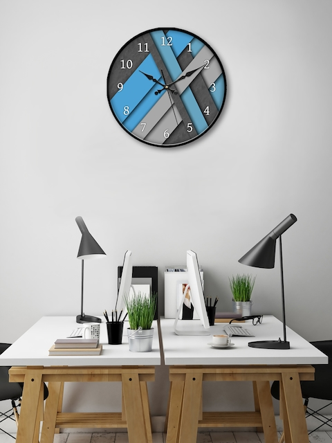 999Store Blue & Grey Round Colourblocked 45.7 cm Analogue Wall Clock
