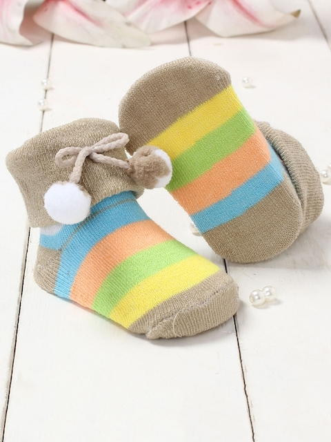 Walktrendy Infants Beige & Yellow Striped Booties