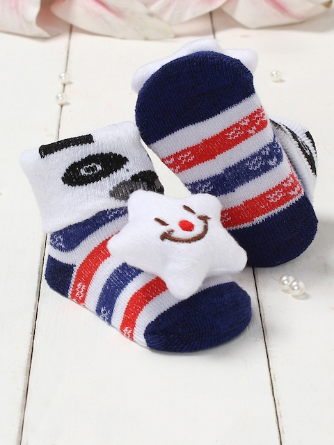 Walktrendy Infant Girls White & Blue Cat Applique Sock Booties