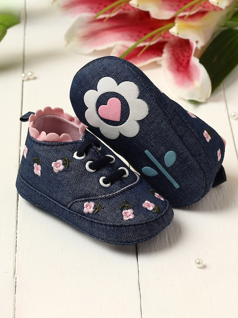 Walktrendy Kids Navy Blue & Pink Floral Embroidered Booties