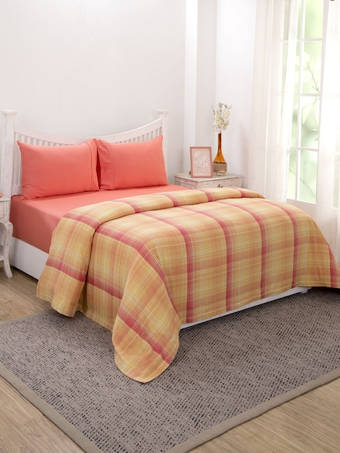 Maspar Blue Red 310 GSM Double Bed Cover