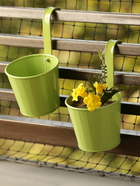 ExclusiveLane Set of 2 Solid Railing Cum Planter Pots