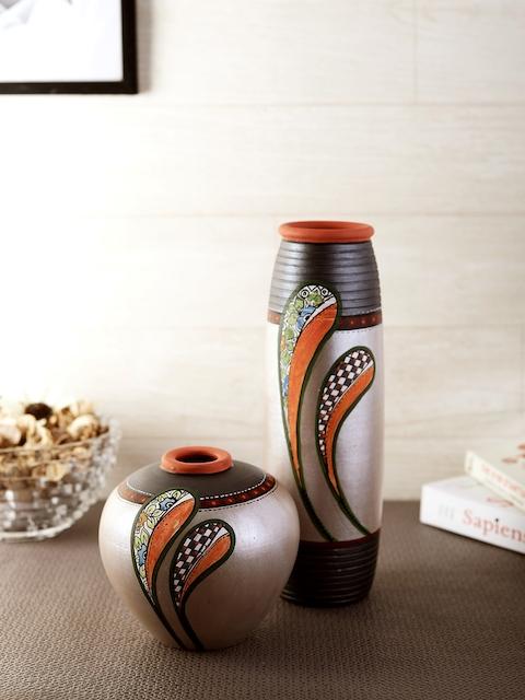 VarEesha Set of 2 Grey & Silver-Toned Handcrafted Terracotta Vases