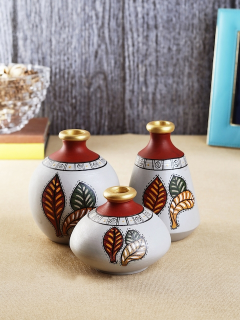 VarEesha Set of 3 Multicoloured Handcrafted Terracotta Vases