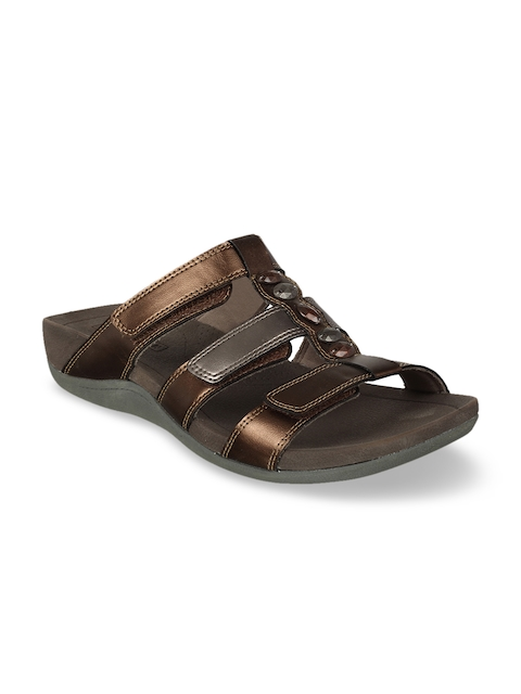 Clarks Women Brown Leather Sandals