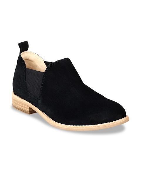 Clarks Women Black Leather Flat Boots