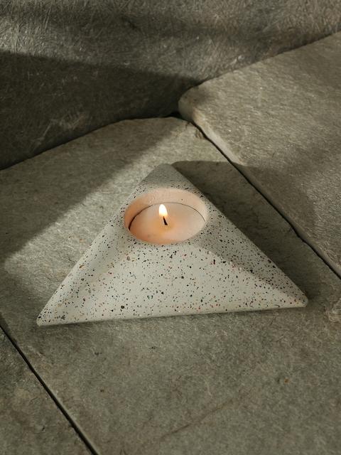 ExclusiveLane White Handcrafted Concrete Tea Light Holder