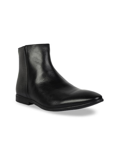 Clarks Men Black Textured Leather Mid-Top Flat Boots