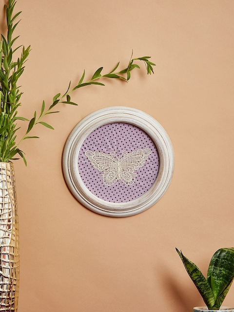 The Wishing Chair White & Purple Crochet Wall Frame