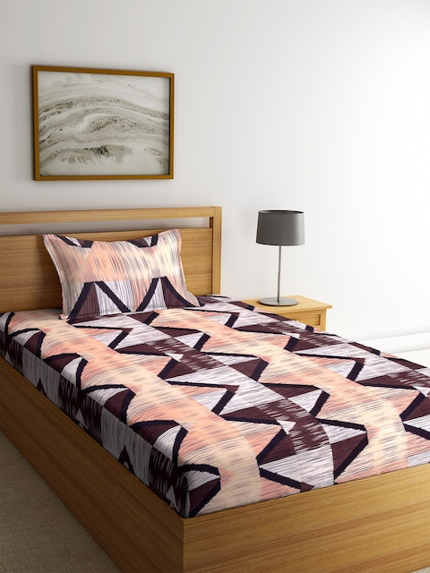 KLOTTHE White & Peach-Coloured Geometric Cotton Single Bedsheet with 1 Pillow Covers