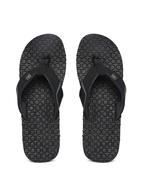 5cafb721c Men Red Tape Slippers   Flip Flops Price List in India on May