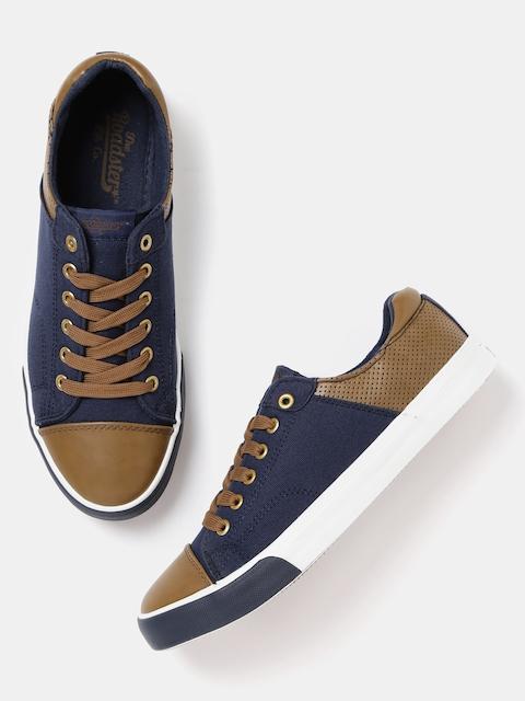 Roadster Men Navy & Brown Sneakers